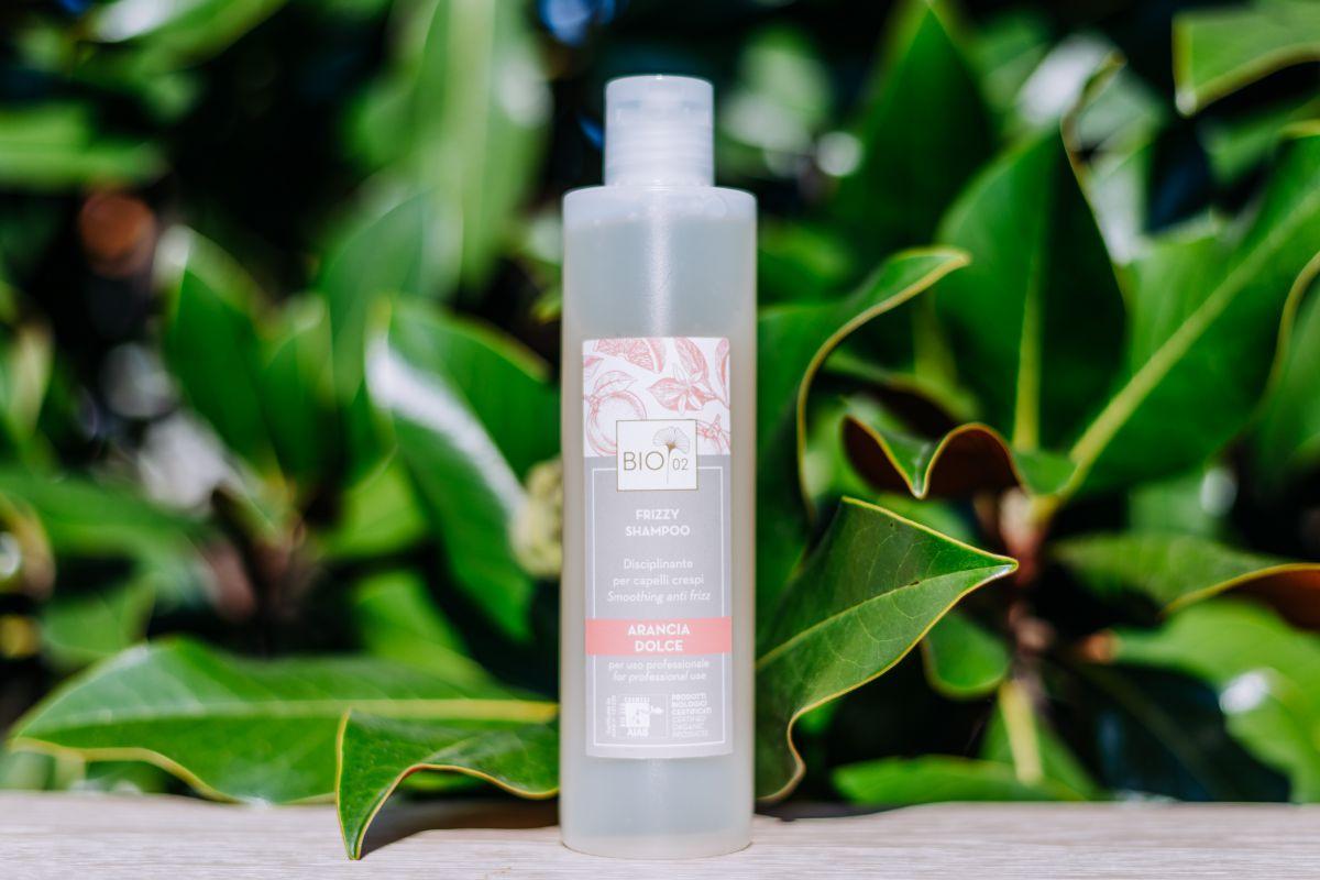 Shampoo Biologico Frizzy  per capelli Crespi 250ml